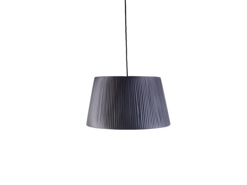 lampa z plisowanym abażurem